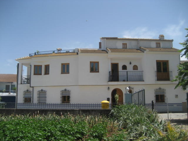 Iznajar Guest House For Sale