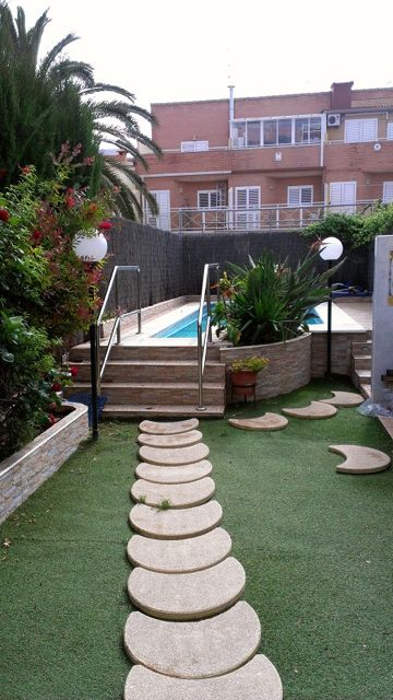 Semi Detached House by Valencia Beach for sale