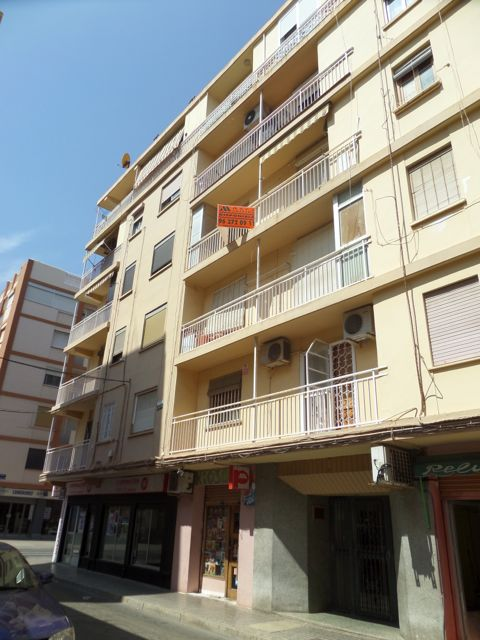 50000 Euros Third Floor Flat With Lift For Modernisation